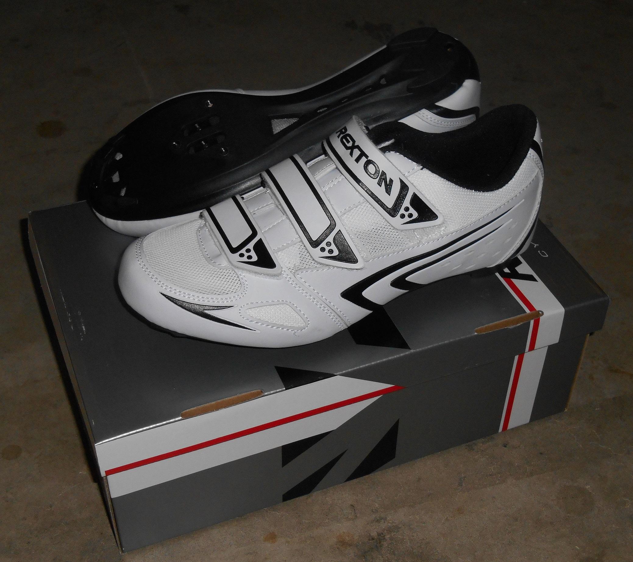 Rexton Road Bike Cycling Shoes Size EU 42 / UK 8 Shimano / Look Compatible